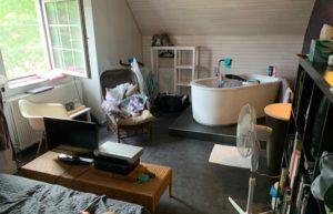 Antwerpen 2019 Privates Zimmer Airbnb Badewanne Schlafzimmer