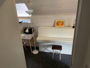 Antwerpen 2019 Privates Zimmer Airbnb Klavier